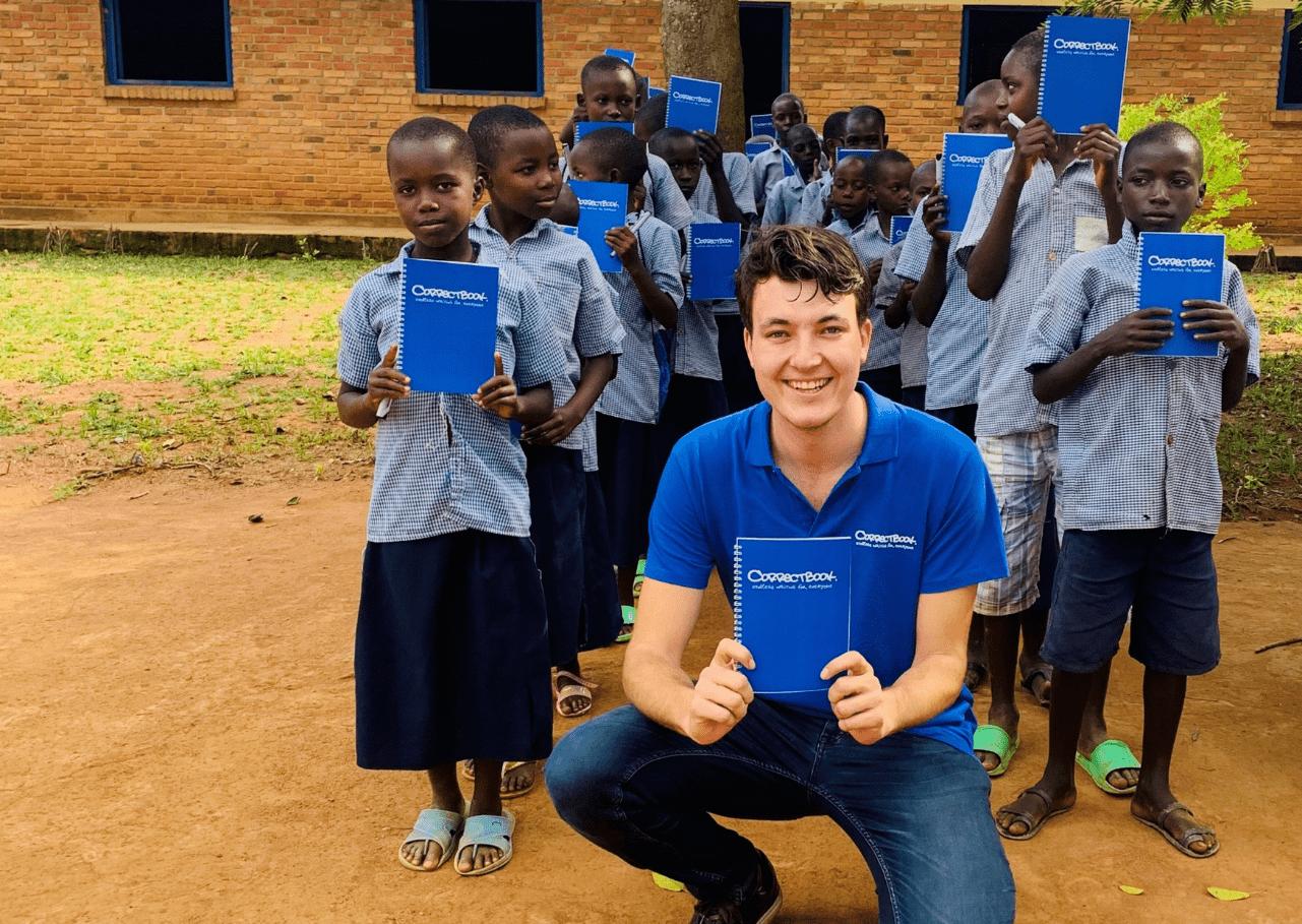 500.000 kinderen voorzien van uitwisbaar schrijfmateriaal!